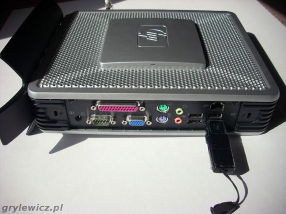 T5720 z Debianem