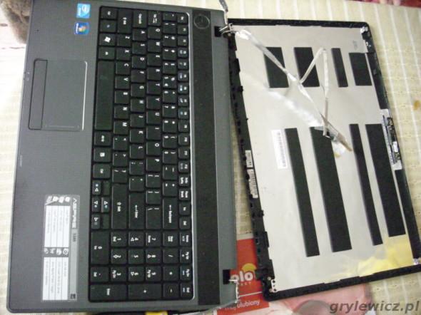 Notebook po zdemontowaniu matrycy