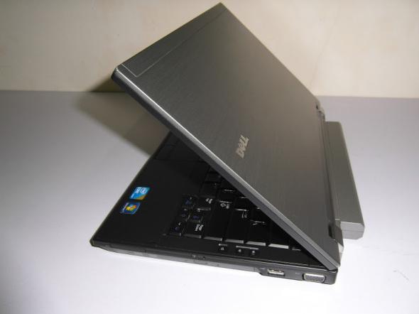 Dell E4310 widziany z boku