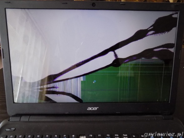 Uszkodzona matryca LCD