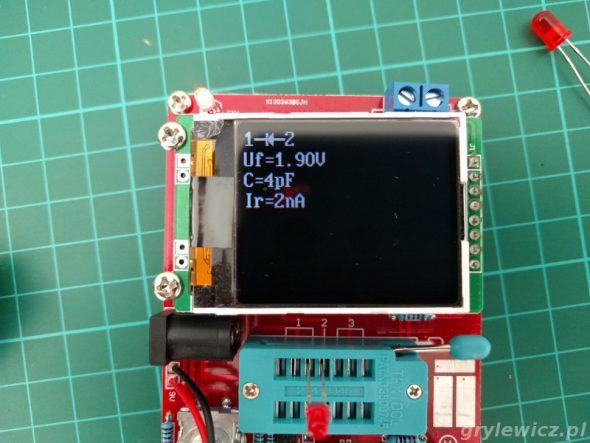 Pomiar czerwonej diody LED